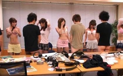Amazing Japanese girl in kimono masturbates anal and pussy
