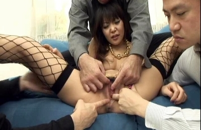 Kikurin asso asian babe is naked and getting 10